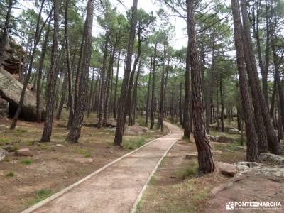 Albarracin y Teruel; festividad la almudena ruta desfiladero de la xana excursiones a caballo sierra